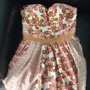 Maxandcleo Dress size 4
